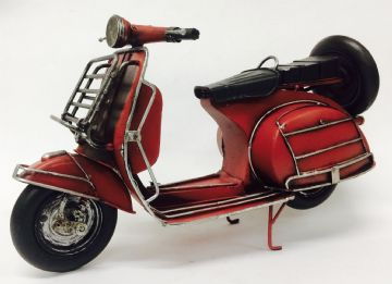 Iconic Lambretta Vespa SCOOTER RED Model 30cm